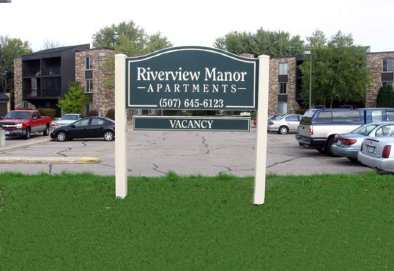 Riverview Manor Apartment Rentals - Northfield, MN